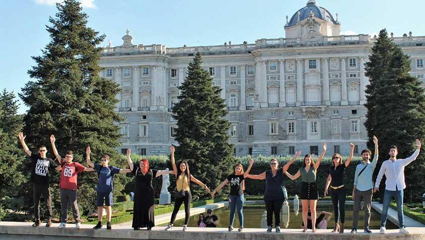 """(II) La aplicación de propuestas artísticas para la integración social. El proyecto """"Campo dei Miracoli"""" visita los Jardines de Sabatini y el Jardín de la Isla de Aranjuez"""